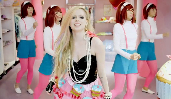 avril lavigne hello kitty