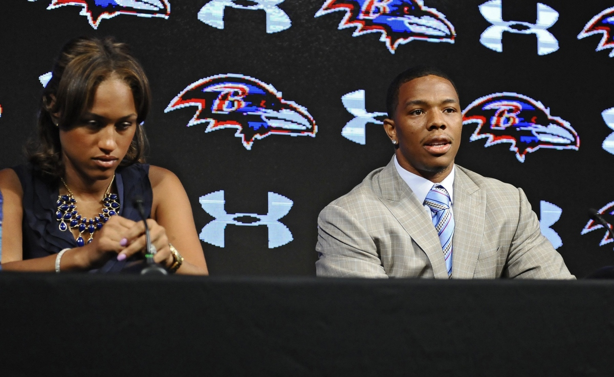 After Ray Rice Video, Twitter Takes a Stand With #WhyIStayed and #WhyILeft